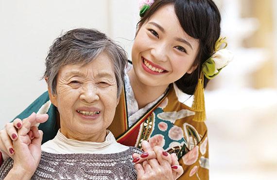 おばあちゃんと振袖で撮影